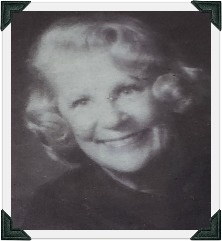 Mary Ruth's Headshot